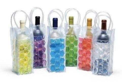 Sacola térmica para garrafas! www.donaxica.com.br