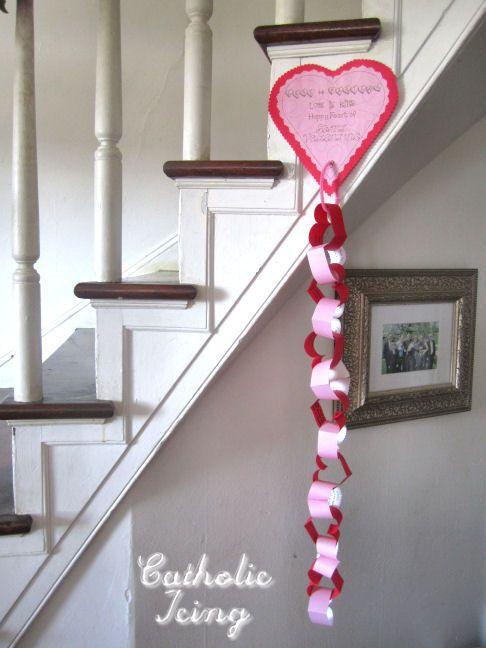 Free Valentine Scripture Chain Printable from Catholic Icing!-my kids actually look forward to this every year.