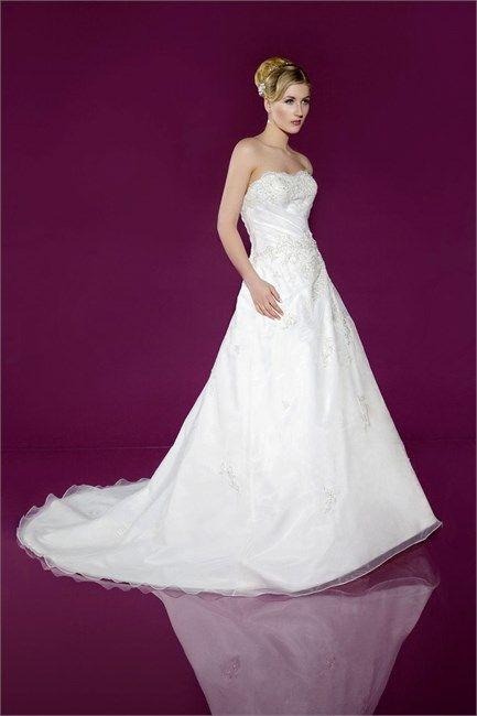 Wedding Dresses by Benjamin Roberts