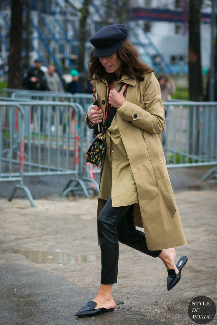Paris Fashion Week Fall 2017 Street Style: Viviana Volpicella
