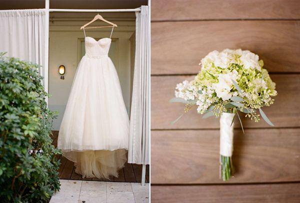 Green White Wedding Bouquet Modern Vera Wang Bow Wedding Dress