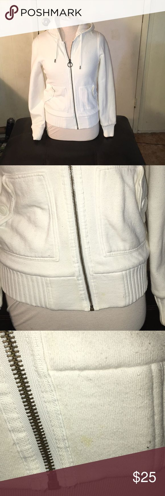 Vans beige thick zip up hoodie S Cute, super comfy Vans cream sweater. Pre-loved condition. I inspected as best I could, but please note this is a beige, off white color. There could be some slight over sight, but over all with inspection I found 1 tiny spot as pictured, tiny pin size hole above pocket and minor piling. My sister in law didn't really wear it much. Size small, great to keep warm this winter! Vans Sweaters