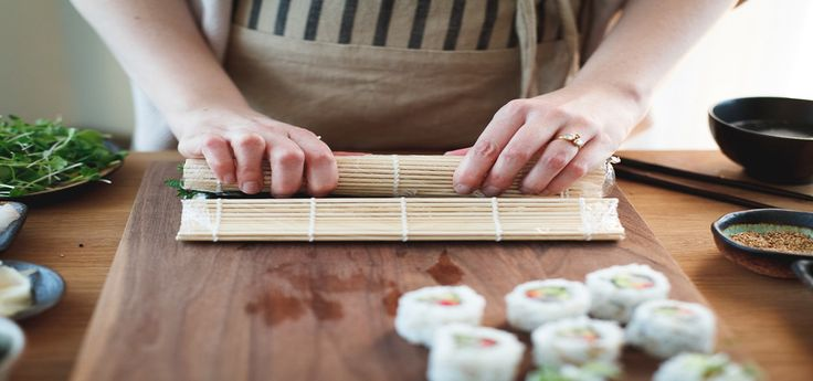 Do you want to know the easiest recipes of sushi for beginners? Here are 3 common restaurant-quality sushi dishes that you can cook like a pro. READ MORE: https://www.sushi.com/articles/3-common-sushi-recipes-and-how-to-prepare-them