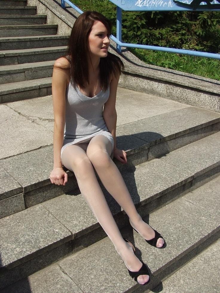 Valuable phrase Long teen leg picture