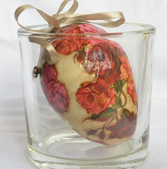 Decorated egg Decoupage egg Floral décor Home décor Spring decoration Spring gift Pink roses Hanging decorRoses