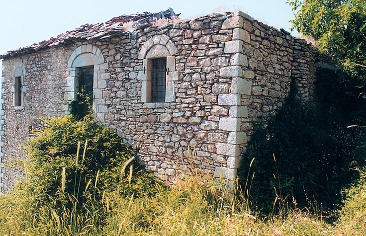Παραδοσιακό σπίτι στην Αροανία