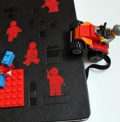 Moleskine Lego!! MOOLAA! ;)