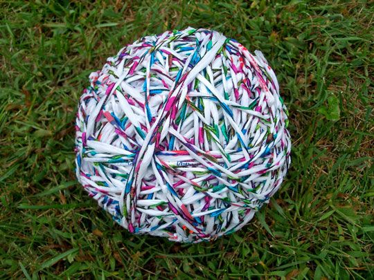 """String"" from plastic. (projects, crafts, DIY, do it yourself, fun, creative, uses, use, ideas, inspiration, 3R's, reduce, reuse, recycle, used, upcycle, repurpose, handmade, homemade, knitting, yarn)"