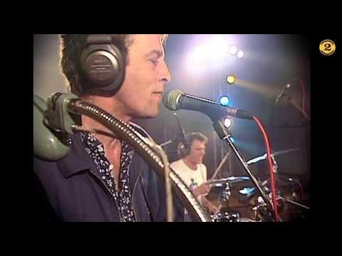 """Buena"" - Morphine ... live 5/25/1994 on Dutch TV show 2 Meter Sessies ---> RIP Mark Sandman (7/3/1999)"