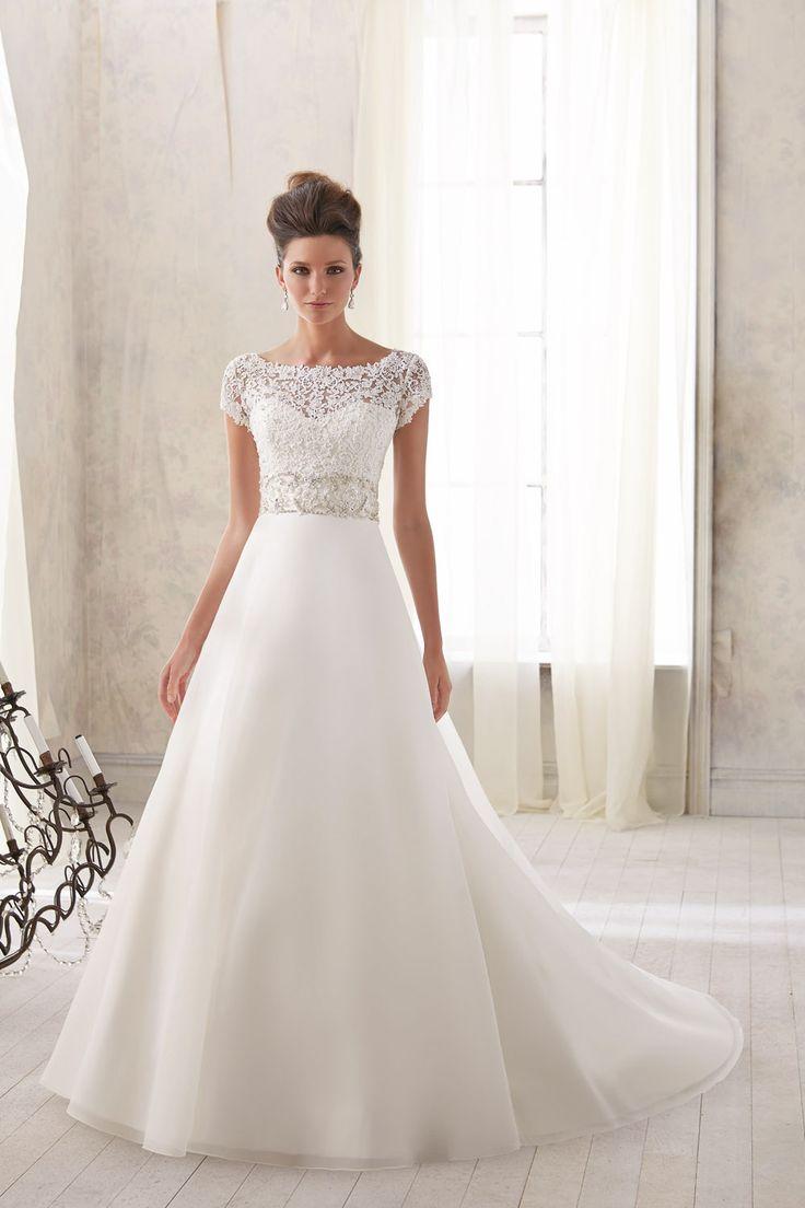 TRENDY MORI LEE-46 abiti da sogno, per #matrimoni di grande classe: #eleganza e qualità #sartoriale  www.mariages.it