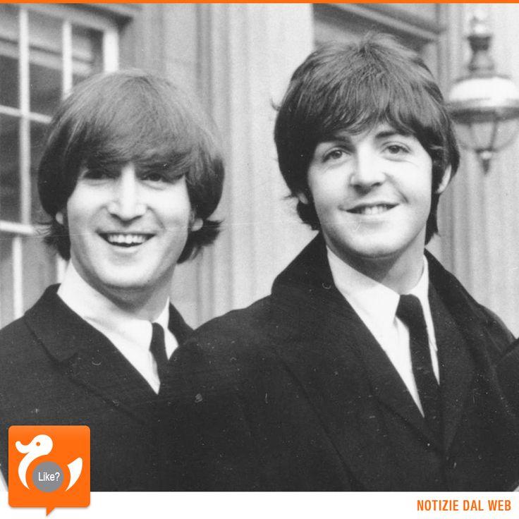 INCONTRI LEGGENDARI  Uno dei componenti dei Querrymen, il diciassettenne John Lennon, incontra per la prima volta Paul McCartney, che ha 14 anni, e lo invita ad unirsi al gruppo. E' il 15 giugno 1957. Secondo alcuni l'evento è da collocarsi qualche giorno dopo. Sull'effettiva nascita dei Beatles invece non c'è dubbio, era il 1960.