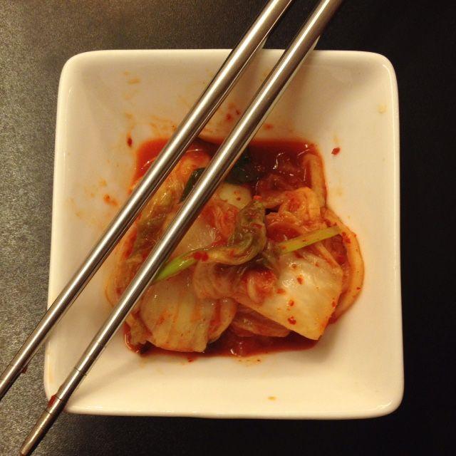Kimchi adalah makanan tradisional Korea, salah satu jenis asinan sayur hasil fermentasi yang diberi bumbu pedas. Setelah digarami dan dicuci, sayuran dicampur dengan bumbu yang dibuat dari udang krill, kecap ikan, bawang putih, jahe dan bubuk cabai merah.