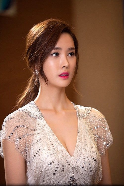 Lee Da Hae Prepares for Her New Chinese Drama Role | Koogle TV