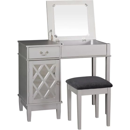 Lattice Bedroom Vanity Set