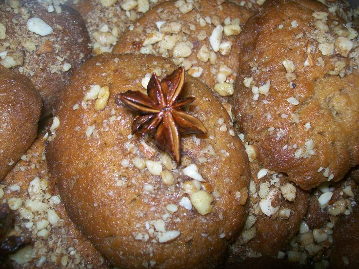 Melomakarona, a traditional Greek Christmas cookie, soaked in a honey and sugar syrup and sprinkled with ground almonds and walnuts. Star anise was that little extra for the flavour and decoration !