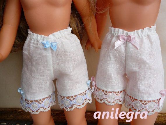 Vestido bordado artesanal muñeca Nancy y similares por Anilegra