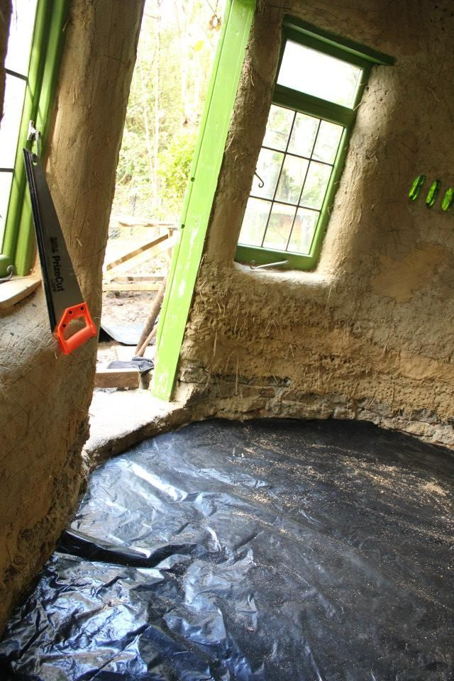 Cob house earthen floor design and step by step.