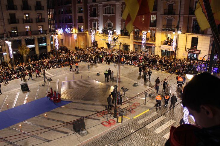 Vistas de la Plaza de España antes de la adoración