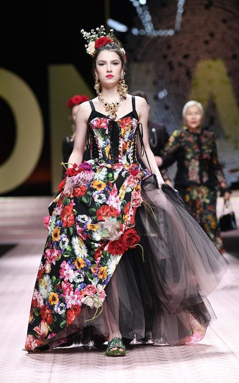 39c905959516 Dolce and Gabbana celebrate their everywoman manifesto with show starring  Carla Bruni and Isabella Rossellini