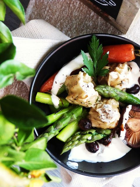 Raviolis Poulet ricotta sauce à l'asperge blanche « Taste