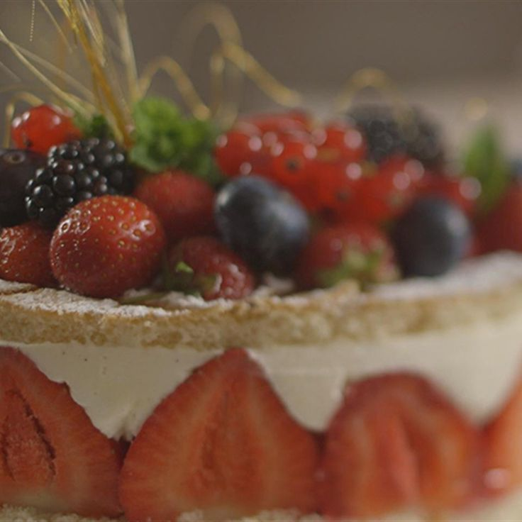 Try this Speedy Strawberry Gateau recipe by Chef James Martin. This recipe is from the show James Martin's Home Comforts.