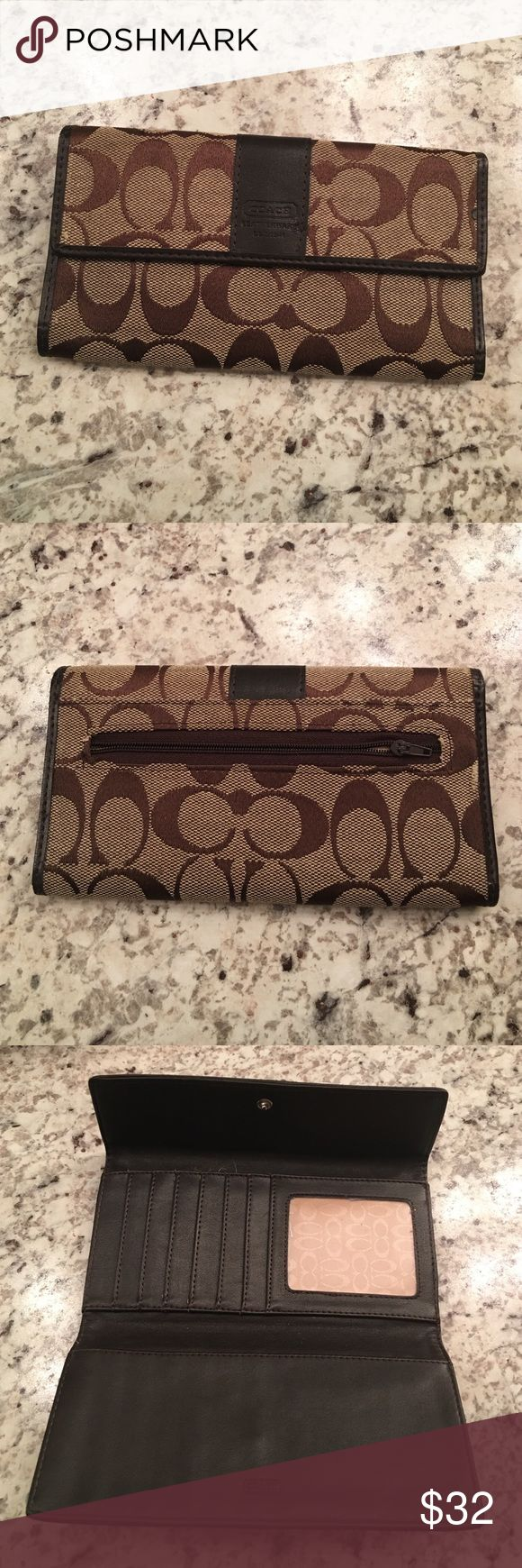Brown Coach Wallet! Brown Coach Wallet! Like new. Coach Bags Wallets