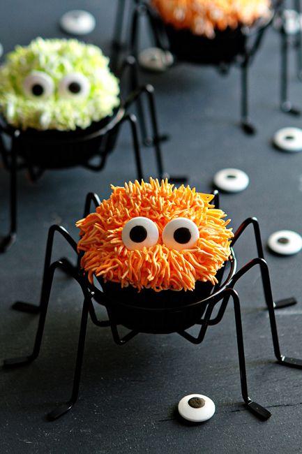 Halloween Spidey Cupcakes | #fall #autumn #halloween #treats