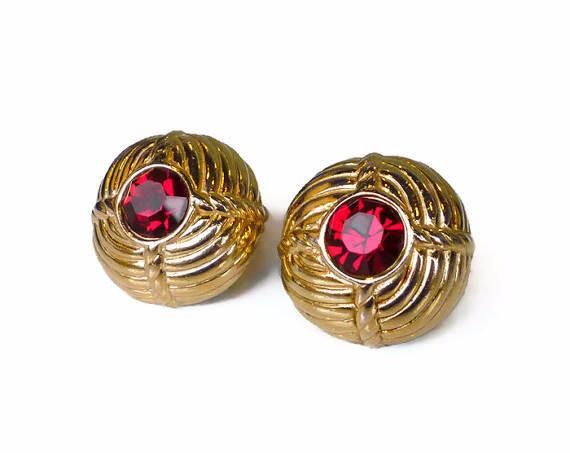 Ciner Red Rhinestone Gold Clip On Earrings Vintage – Estatebeads