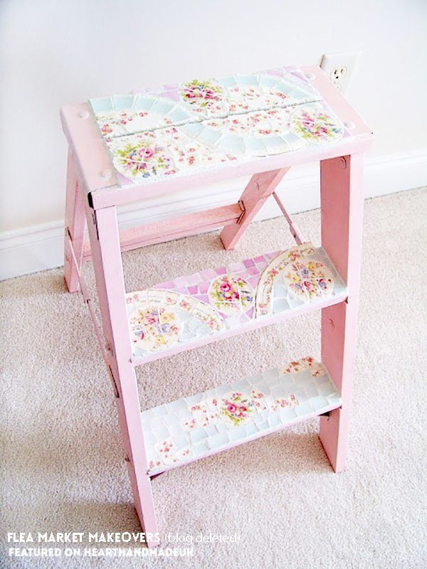 OMG!!!! I HAVE TO MAKE THIS!1 Mosaic ladder - it's an amazing flea market makeover. Loving this post - click through to see 19 ideas for refurbishing old furniture like a pro!