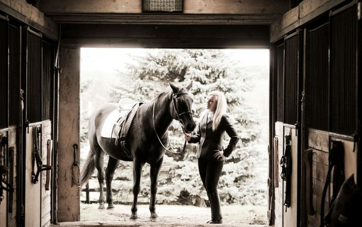 Equestrian photography, black and white horses
