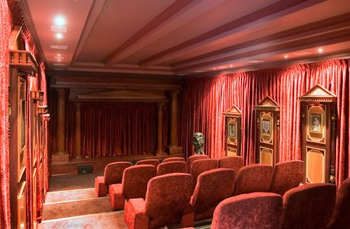 Petite Alhambra Cinema