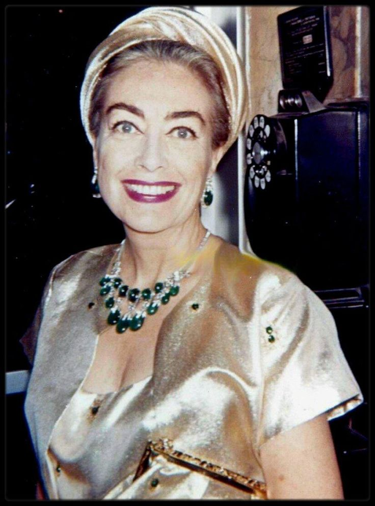 Image - Joan CRAWFORD 60's - HOLLYWOOD in Kodachrome / Cibachrome / Ektachrome - Skyrock.com