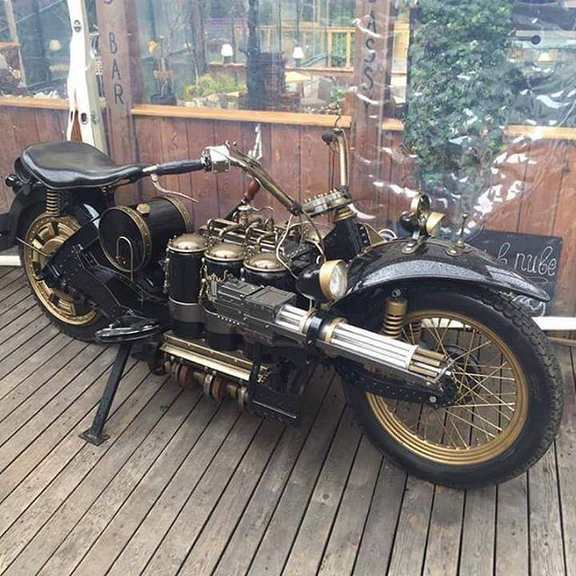 Your ride is here! #steampunktendencies #steampunk #art #bike