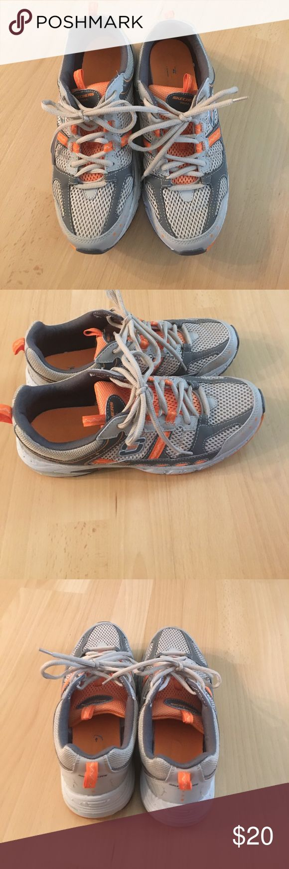 Sketchers Sneakers Perfect condition size 9.5 Skechers Shoes Athletic Shoes
