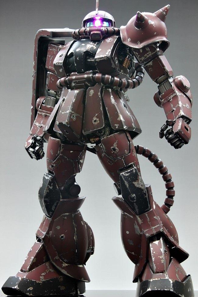 GUNDAM GUY: PG 1/60 MS-06S Char's Zaku II - Battle Damage Build w/ LED