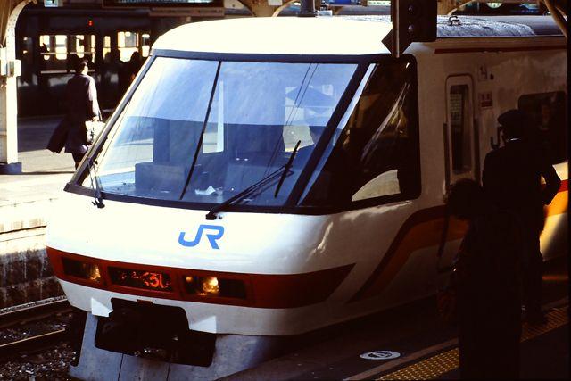 スーパーくろしおクロ380型 京都駅 1993年11月6日撮影