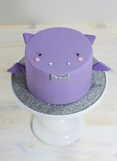 Mini Animal Cakes | Whipped Bakeshop