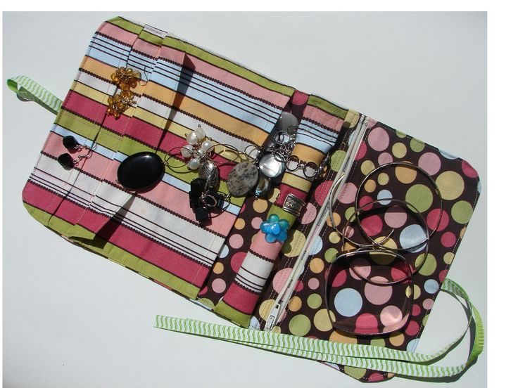 Jewelry Travel Case PDF Sewing Pattern - Free Shipping - By BlissfulPatterns. $6.50, via Etsy.