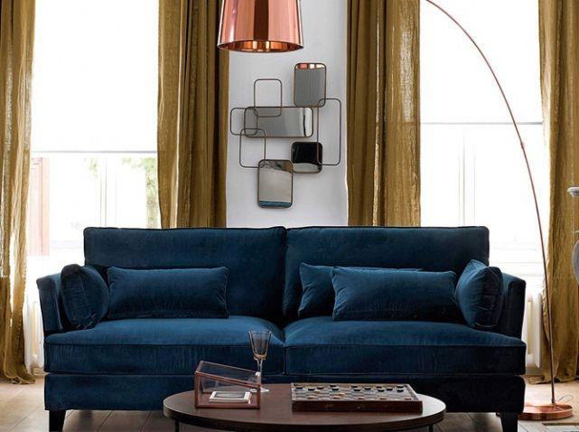 Canape en velours bleu