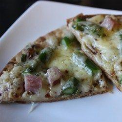 Pizza Recipes: Pizza with Ham, Asparagus, and Ricotta  #Articles #Asparagus #Pizza #Recipes #Ricotta cookwareview.com