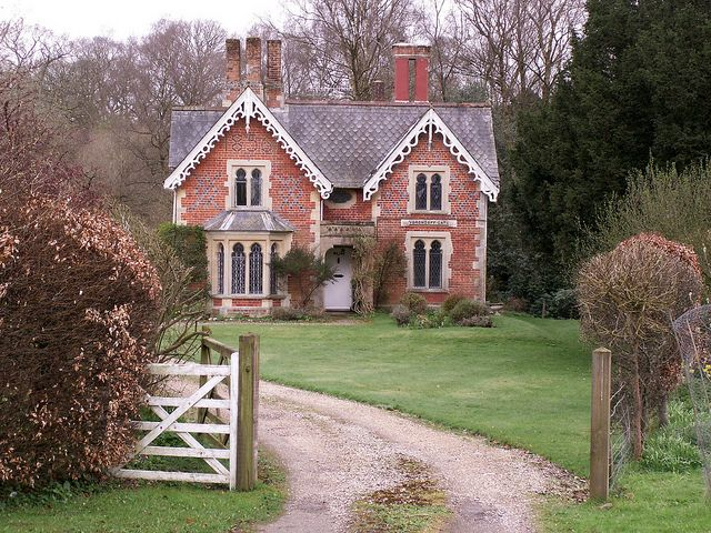 """English country cottage by AieshaB via Flickr - """"Off the main road between Hungerford and Marlborough (Berkshire)"""""""