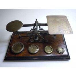 Antike Briefwaage mit 5 Gewichten oz England um 1900