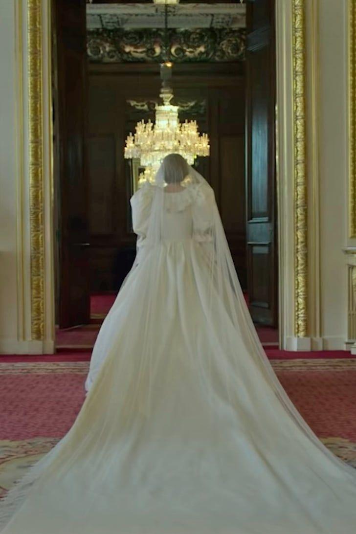 Inside The Epic Story Of Princess Diana S Wedding Dress Princess Diana Wedding Dress Princess Diana Wedding Wedding Dresses