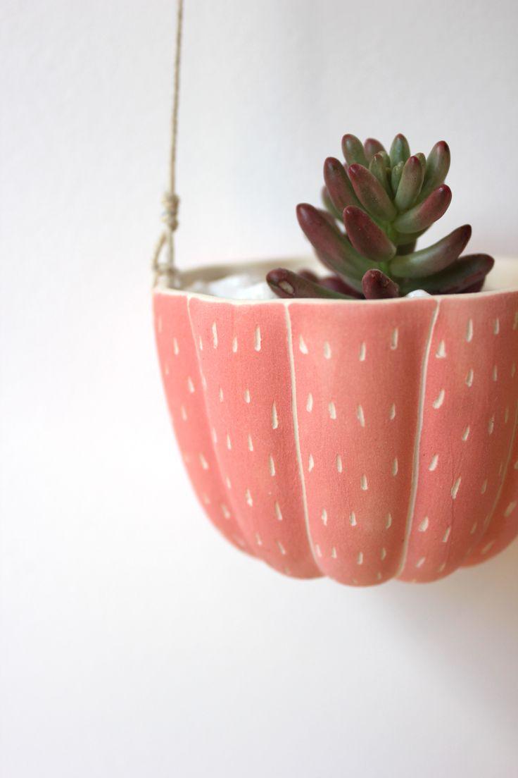 Ceramic hanging planter (sgraffito)