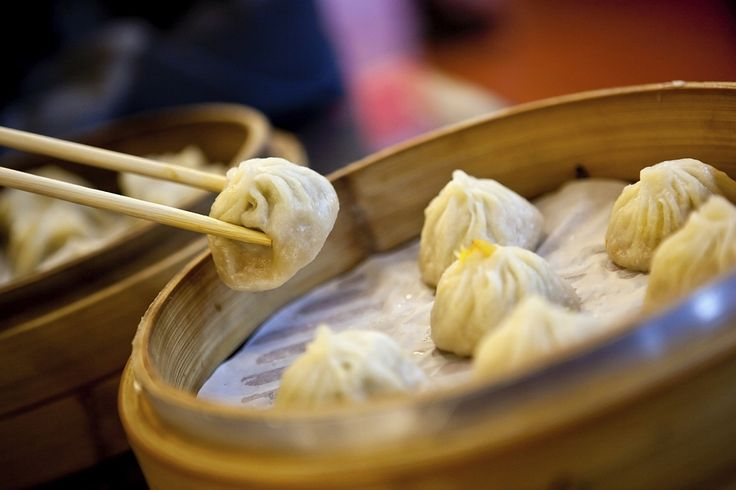 Having a yen for dim sum? Find out more about English words of Chinese origin, like chop suey, dim sum, and chopstick. #food #Chinese #dimsum #language