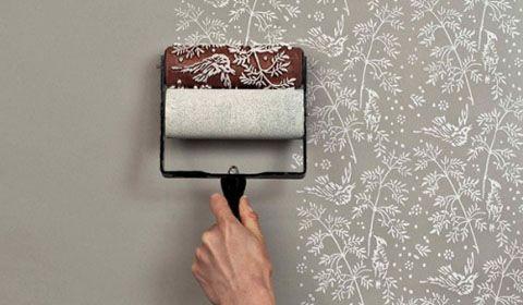 Что лучше выбрать для стен: обои или краску? В чем заключаются достоинства и недостатки покраски и обоев? Какой вид облицовки стен выбрать в зависимости от условий?
