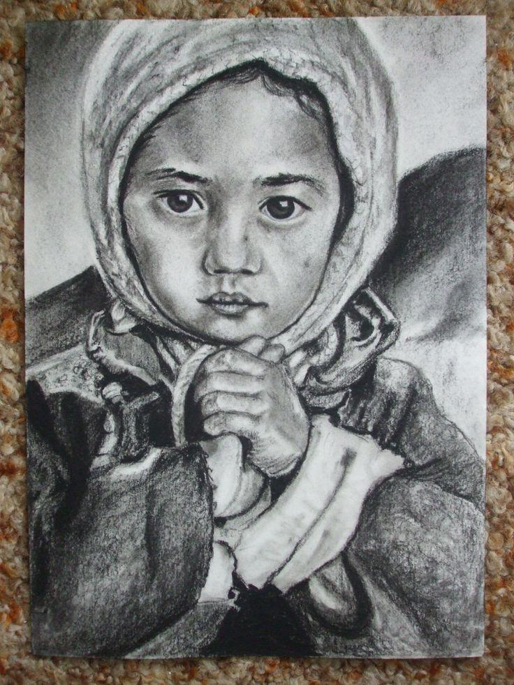 Kicsi lány, szénrajz, A4 papír