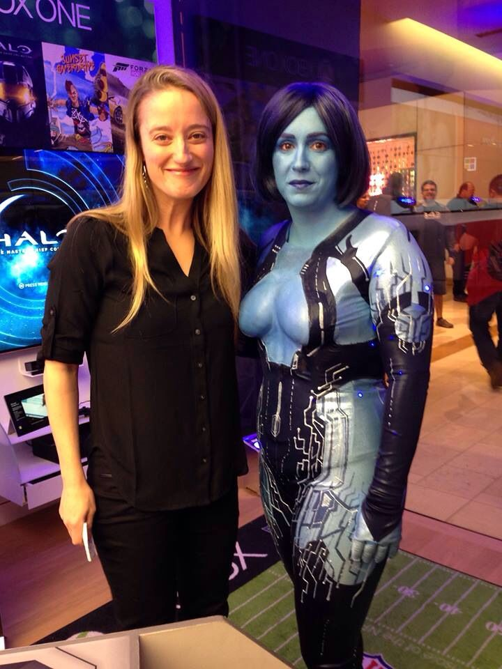 Cortana and Cortana, Jen and Jen (Taylor and Thorne ...