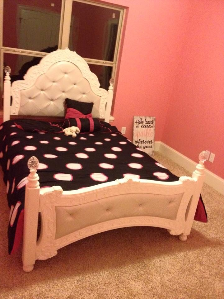 Most Amazing Girls Bed Ever Claire Elaine
