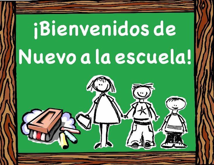 Bienvenidos de Nuevo a la escuela (Welcome Back to school)- Back to School Sign in Spanish- green chalkboard and eraser design